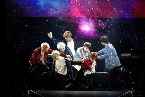 BTS_LIVE TRILOGY EPISODE Ⅲ