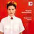 スイス出身のソプラノ歌手レグラ・ミューレマンの最新作は故郷と自然をテーマにした歌曲集。『ソングズ・フロム・ホーム』