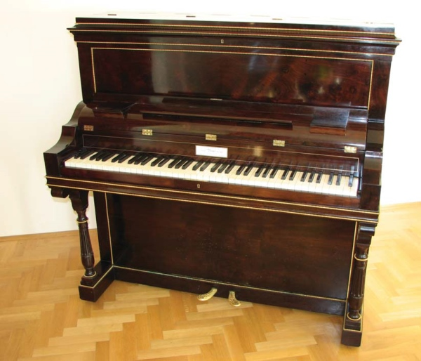 ヒストリカル・アップライト・ピアノ