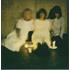 羊文学、絵本付きの完全限定生産クリスマスシングル『1999/人間だった』12月4日発売