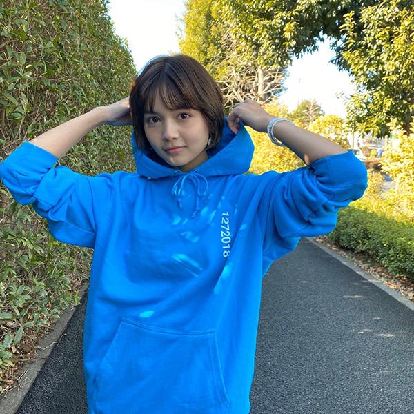 WEARTHEMUSIC×TBOB×kojikoji SUKUSUKU GIRL Hoodie(TURQUOISE BLUE)